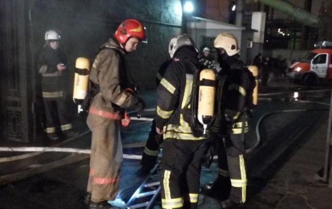 Фото: пожар в центре Киева был ликвидирован на площади 50 кв.м
