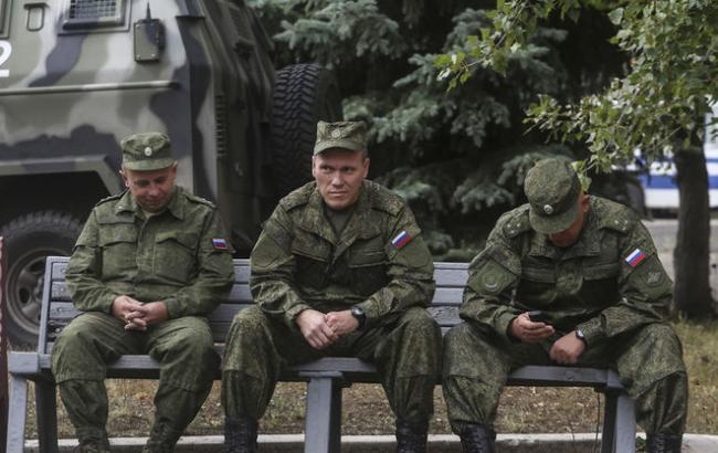 Агентура: ВоенныеРФ наДонбассе дезертируют вслучае отклонения рапортов наувольнение