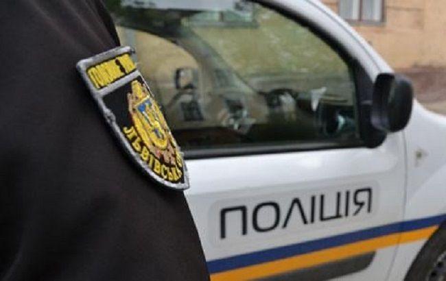 У Львові підлітки обстріляли житловий будинок