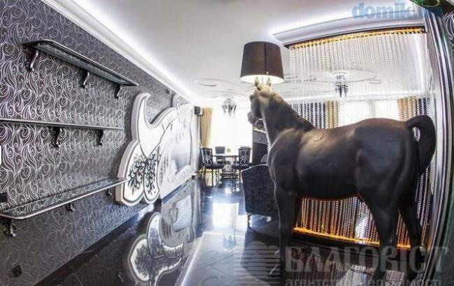 В сети смеются над киевской квартирой за 13 млн, поражающей своей безвкусицей