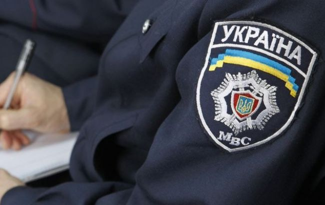 Фото: правоохранители обнаружили арсенал оружия в доме киевлянина