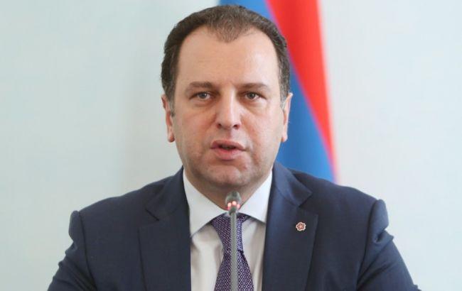 Фото: министр обороны Армении Виген Саркисян