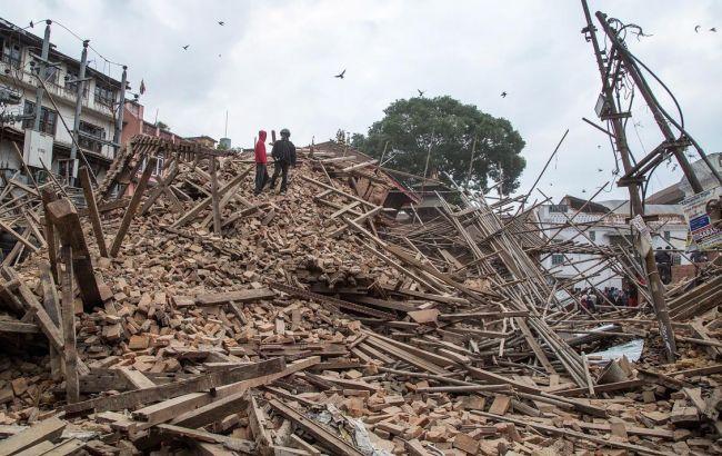 Землетрясение в Непале: число погибших возросло до 2 тыс. 263 человек