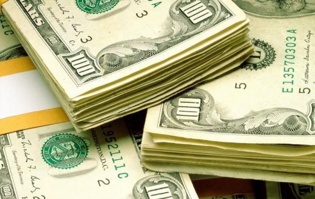 Курс долара на міжбанку в 14:00 знову зріс до 27 гривень