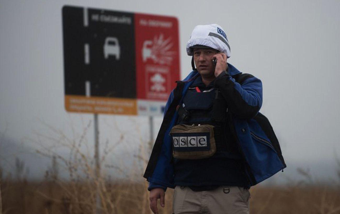 Миссия ОБСЕ на выходных заметила более 90 нарушений перемирия на Донбассе