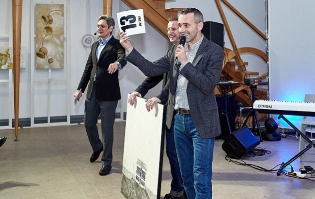 Жадан ініціював аукціон для допомоги волонтерам: зібрали майже мільйон