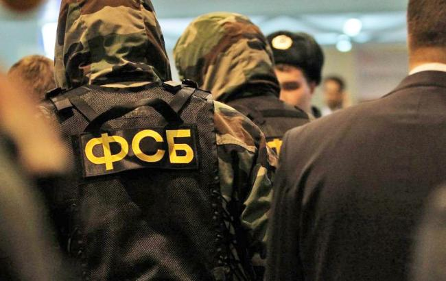 ВКрыму работники ФСБ задержали крымского татарина Мухтемерова