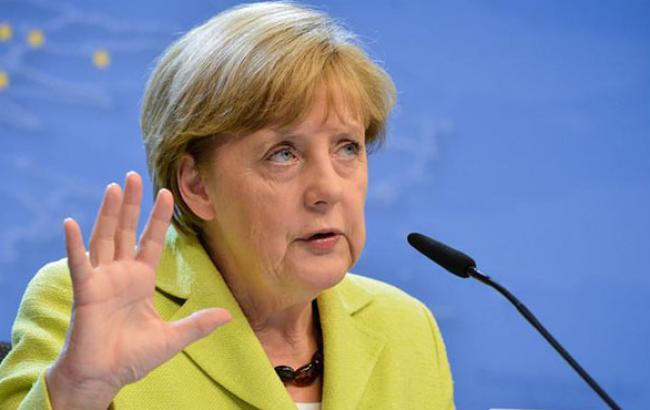 Меркель заявила, що ситуація в Україні стане одним з найважливіших питань на саміті G20 в Брісбені