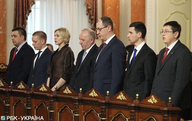 Судді антикорупційного суду склали присягу