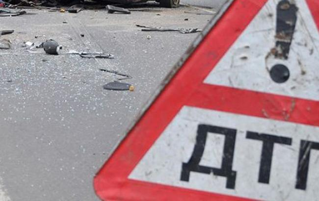В Полтавській обл. перекинувся пасажирський автобус, загинули 2 людини і 12 постраждали