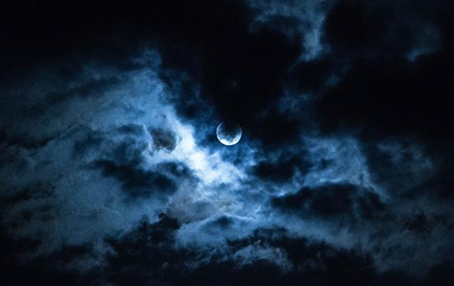Полнолуние 23 ноября: астрологи рассказали, что нельзя делать в этот день