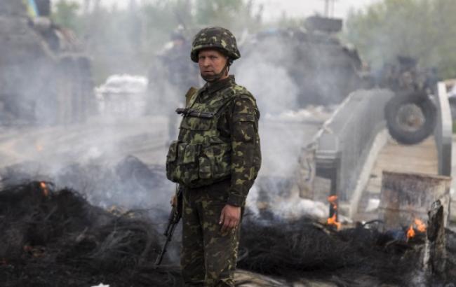 В зоні АТО за день загинув один військовий, 8 - поранені, - штаб