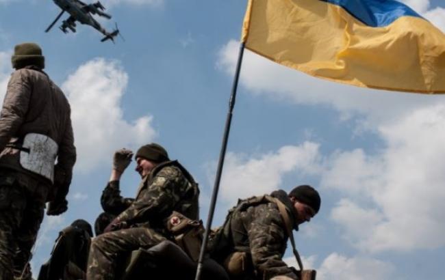 В зоне АТО за сутки погибли 3 украинских военных, 15 ранены, - СНБО