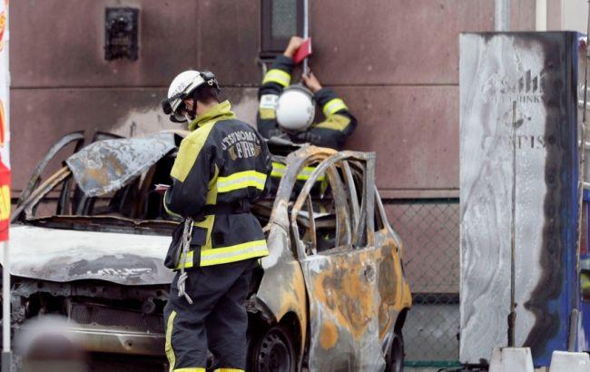Фото: також згоріла машина пенсіонера