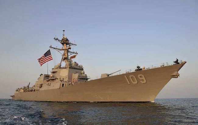 Военные США изъяли более тысячи единиц оружия с парусника возле Йемена