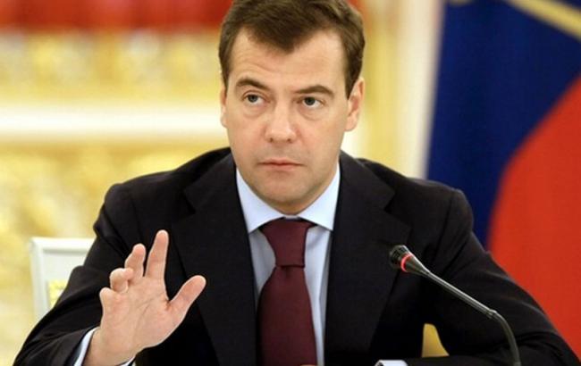 Медведев выступил против наземной операции в Сирии