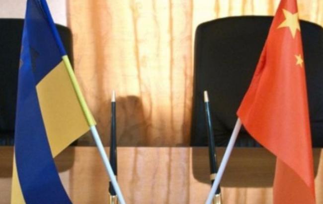 Україна домовилася з Китаєм про спрощення візового режиму
