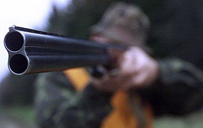 НаВиннитчине 20 вооруженных молодчиков устроили разборки сострельбой