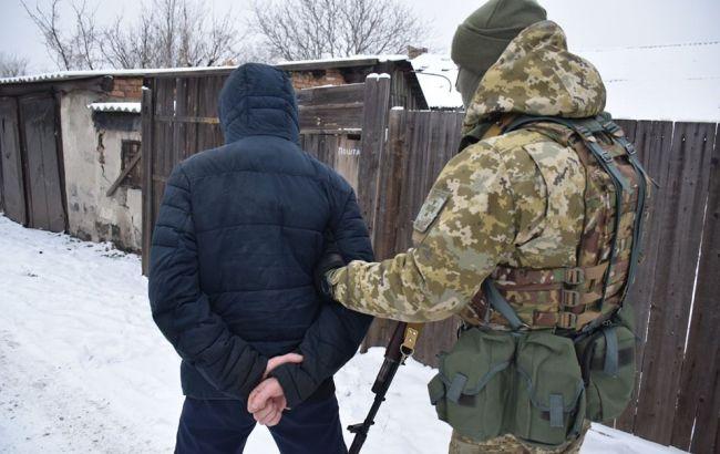 На Донбасі затримали бойовика, який охороняв місце збитого МН-17