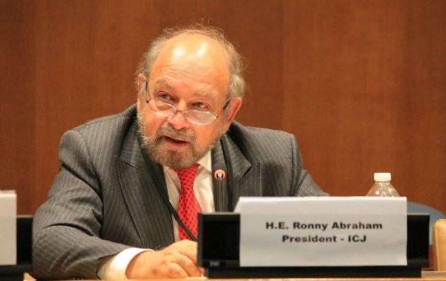 Фото: глава суда Ронни Абрахам