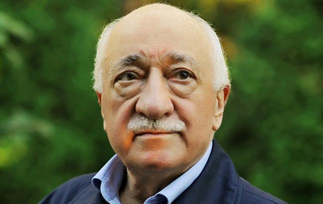 Фото: в Туреччині Фетхуллаха Гюлена підозрюють в організації держперевороту