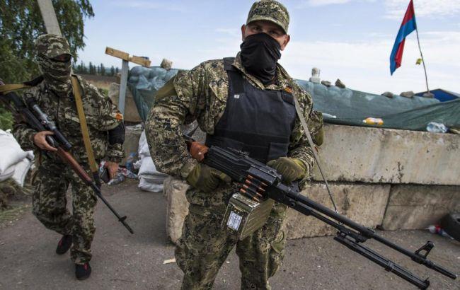 """Бойовики з """"Градів"""" і мінометів обстріляли Саханку і Октябр"""