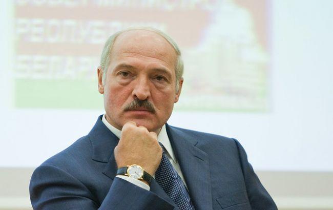 Лукашенко вдвое снизил тарифы на коммунальные услуги в Беларуси