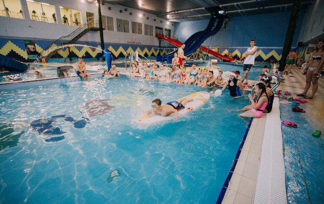 У тернопільському аквапарку ледь не загинула 3-річна дівчинка: всі версії інциденту