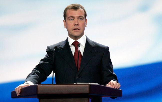 Санкции создают условия для развития сельского хозяйства— Медведев