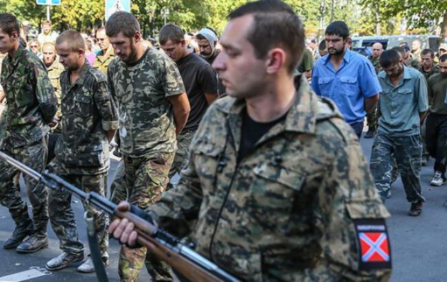 Частина полонених українських військових перейшла на бік бойовиків, - Центр визволення полонених