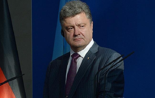 Фото: Петро Порошенко спростував міфи щодо України