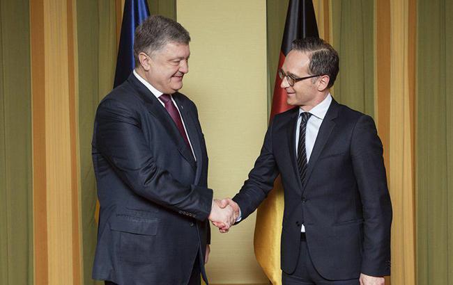Порошенко та глава МЗС Німеччини обговорили питання розміщення миротворців ООН на Донбасі