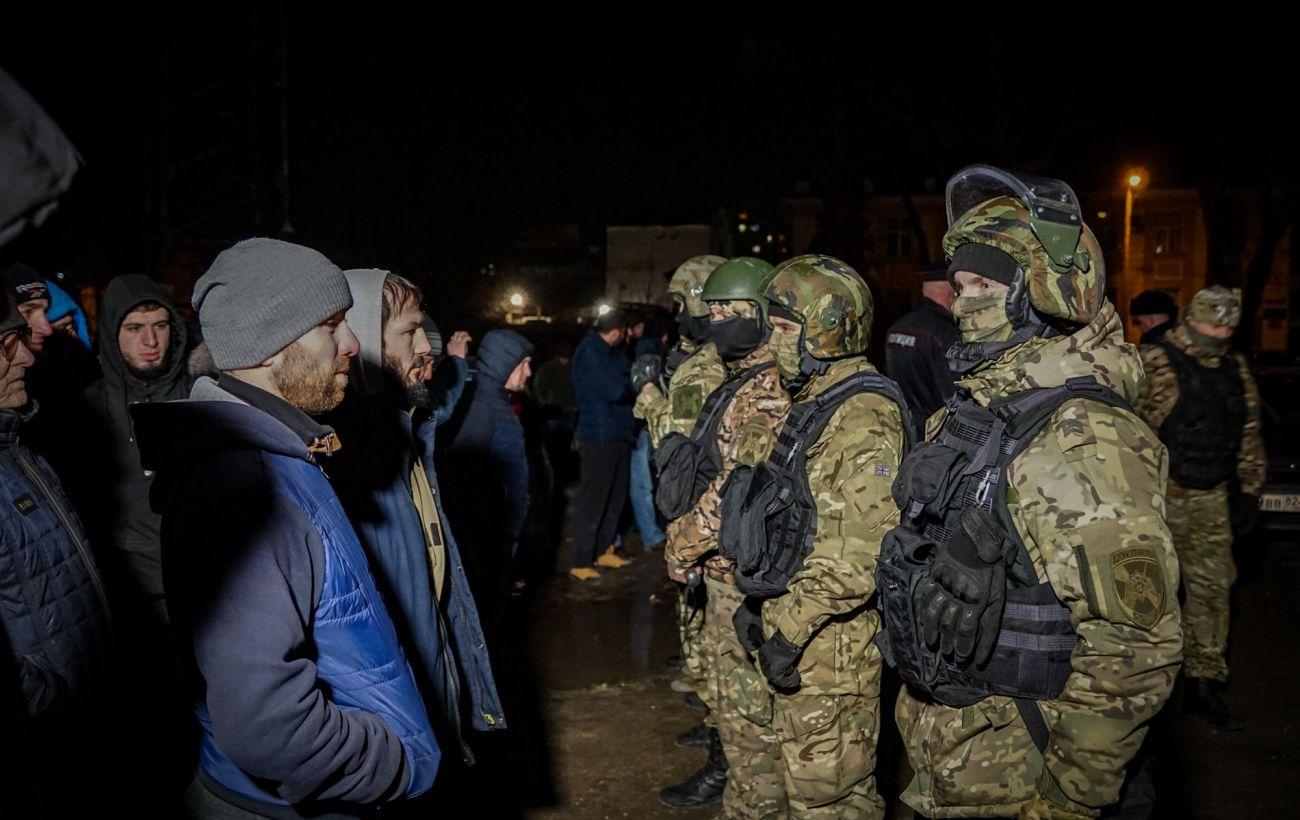 ЄС закликав Росію припинити політичні переслідування кримських татар
