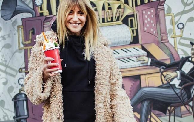 Леся Нікітюк зізналася, що в сумці від Dolce & Gabbana носить банки з огірками (фото)