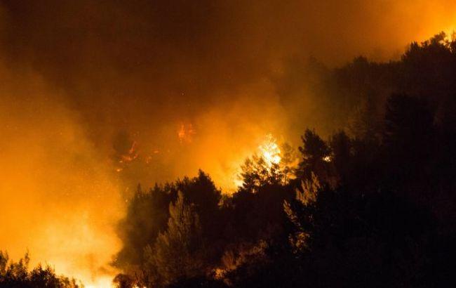 Фото: у гасінні пожеж в Ізраїлі бере участь українська авіація