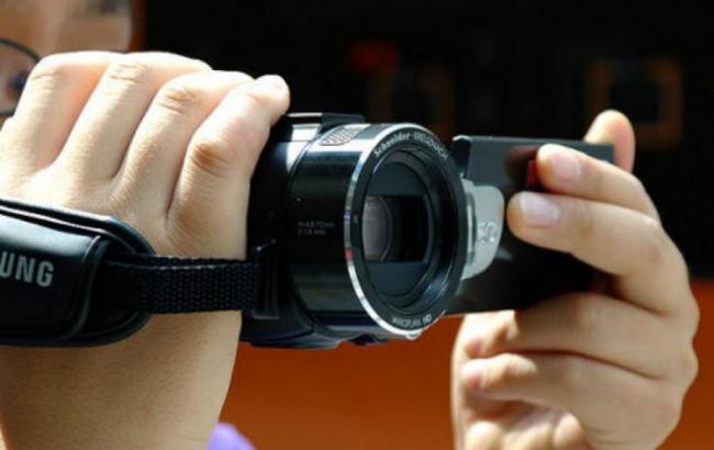Фото: Внук пропил видеокамеру бабушки (yaplakal.com)