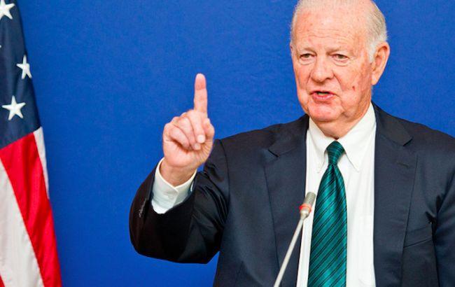 Росія та США опинились у стані холодної війни, - ексдержсекретар Бейкер