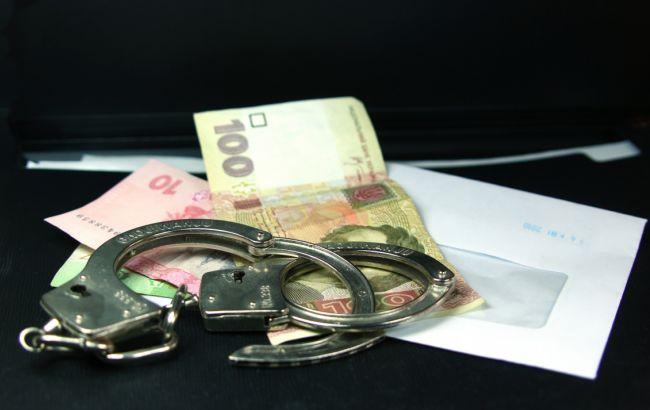 Фото: депутат районної ради отримав 60 тисяч гривень