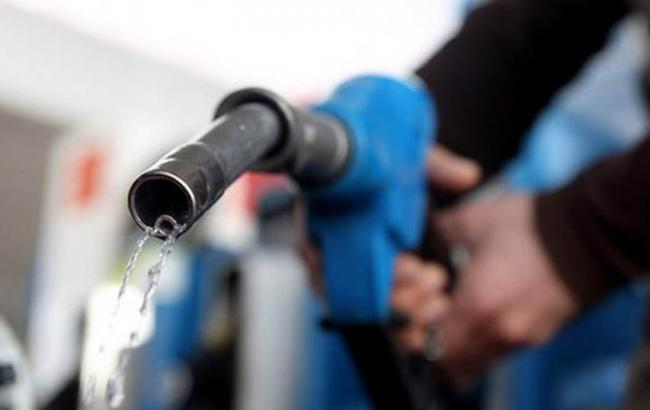 Фото: бензин