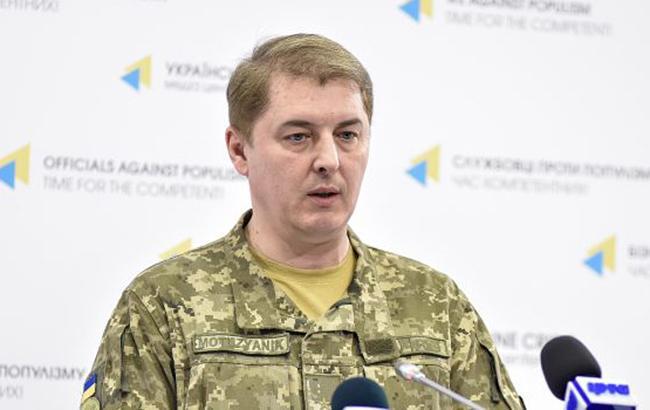 У зоні АТО через обстріли бойовиків загинули 4 українських військових, ще 2 поранені, - Мотузяник