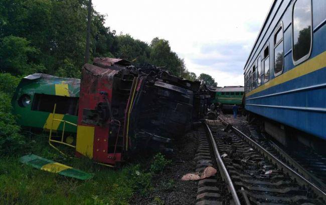 ВХмельницкой области Украины столкнулись два поезда