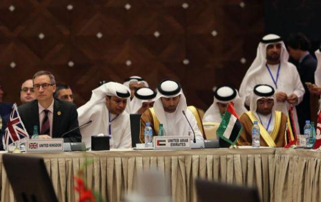 Фото: страны ОПЕК согласовывают позиции по уровню добычи нефти