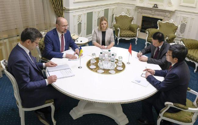Китай предложил Украине экстренную гуманитарную помощь, - Шмыгаль