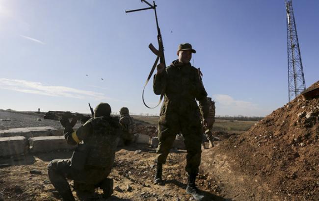 На Донбасі за добу загинули 5 бійців АТО, 8 поранені, - штаб