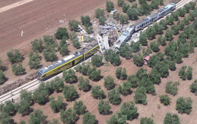 Фото: столкновение поездов в Италии