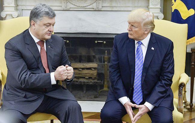 Фото: Петро Порошенко під час зустрічі з Дональдом Трампом у США (president.gov.ua)