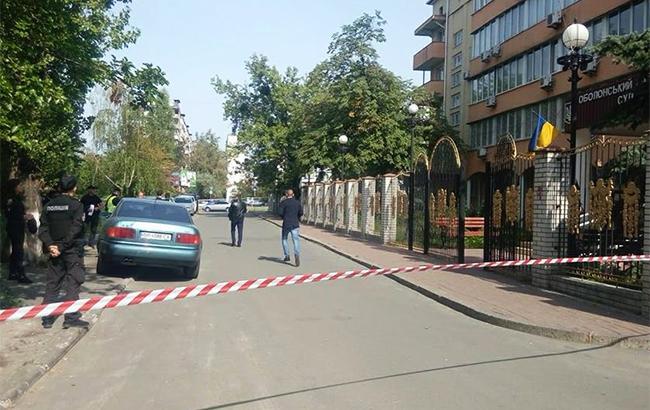 Інформація про замінування будівлі Оболонського районного суду Києва 3d82e19e36c2b