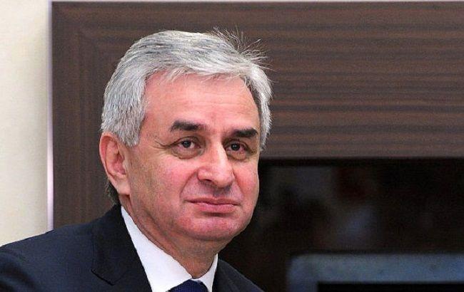 "В Абхазии отменили решени ЦИК о выборах ""президента"""