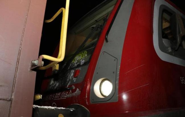 Фото: у Сербії зіткнулися два потяги