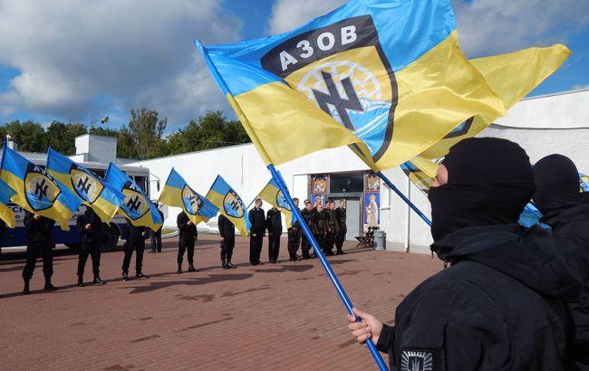 """Комбат """"Азова"""" заперечує зв'язок символіки батальйону з нацизмом"""